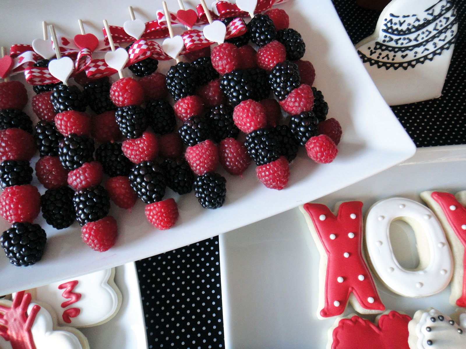 Worth Pinning Fresh Fruit Skewers And Frozen Strawberry