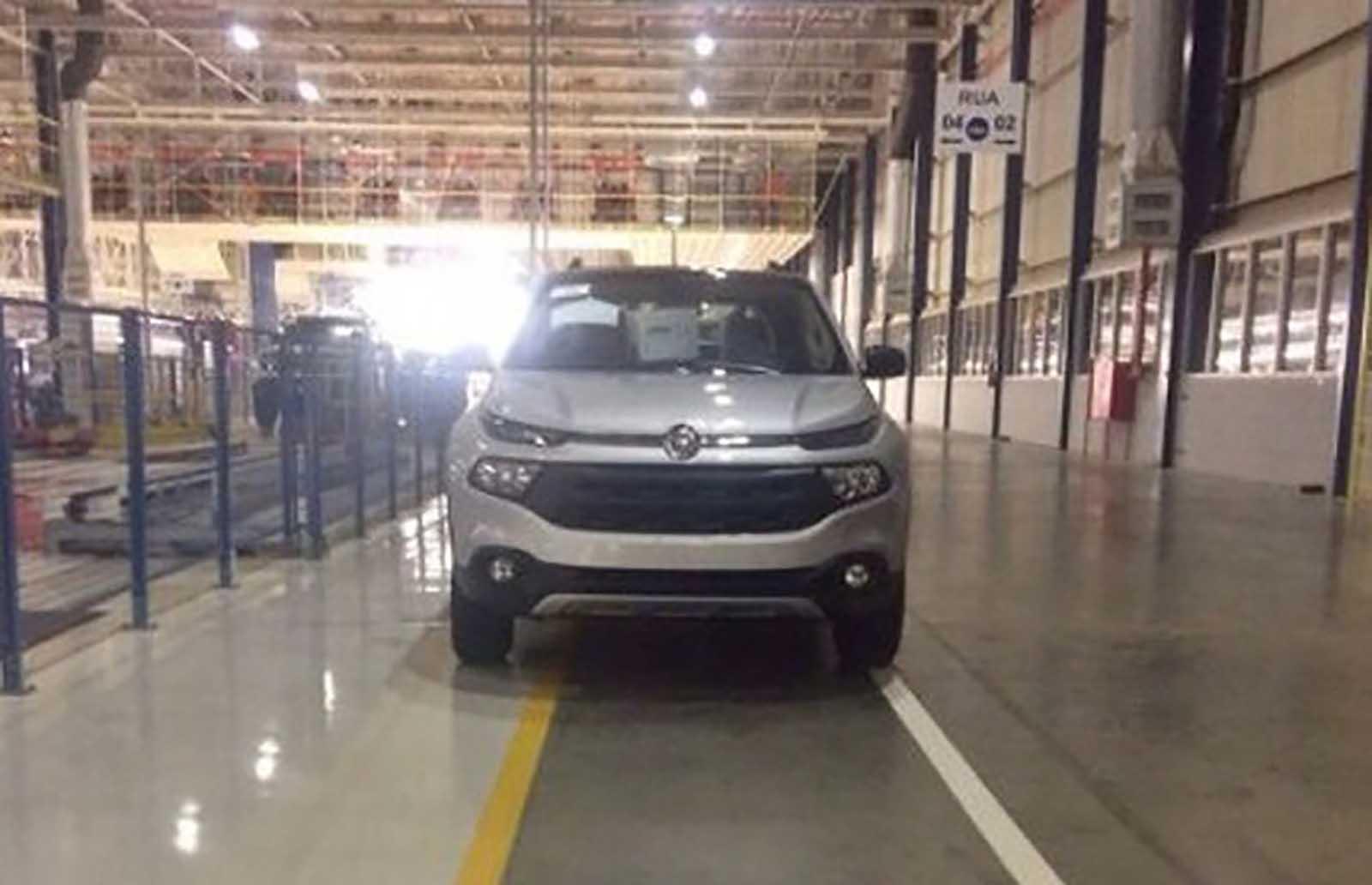 Nova Fiat Toro - picape