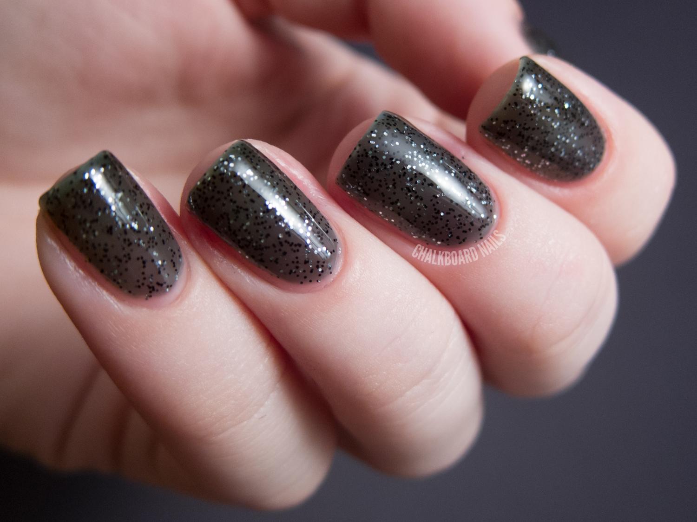 Azature Black Diamond | Chalkboard Nails | Nail Art Blog