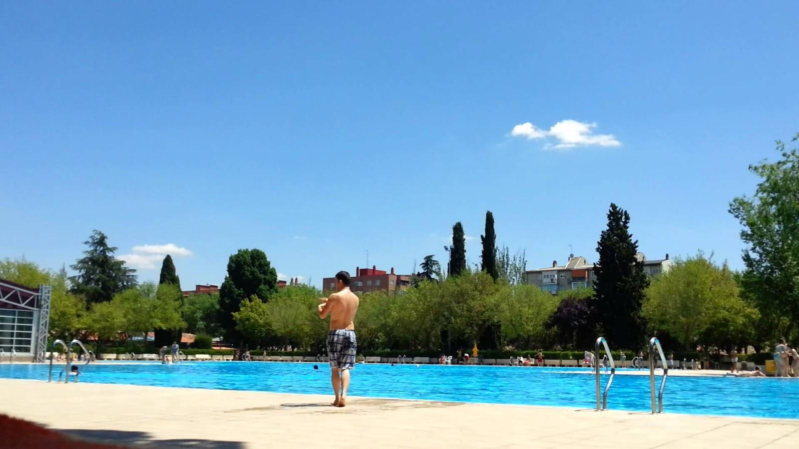 La piscina de verano de aluche la tercera m s visitada de for Las mejores piscinas municipales de madrid