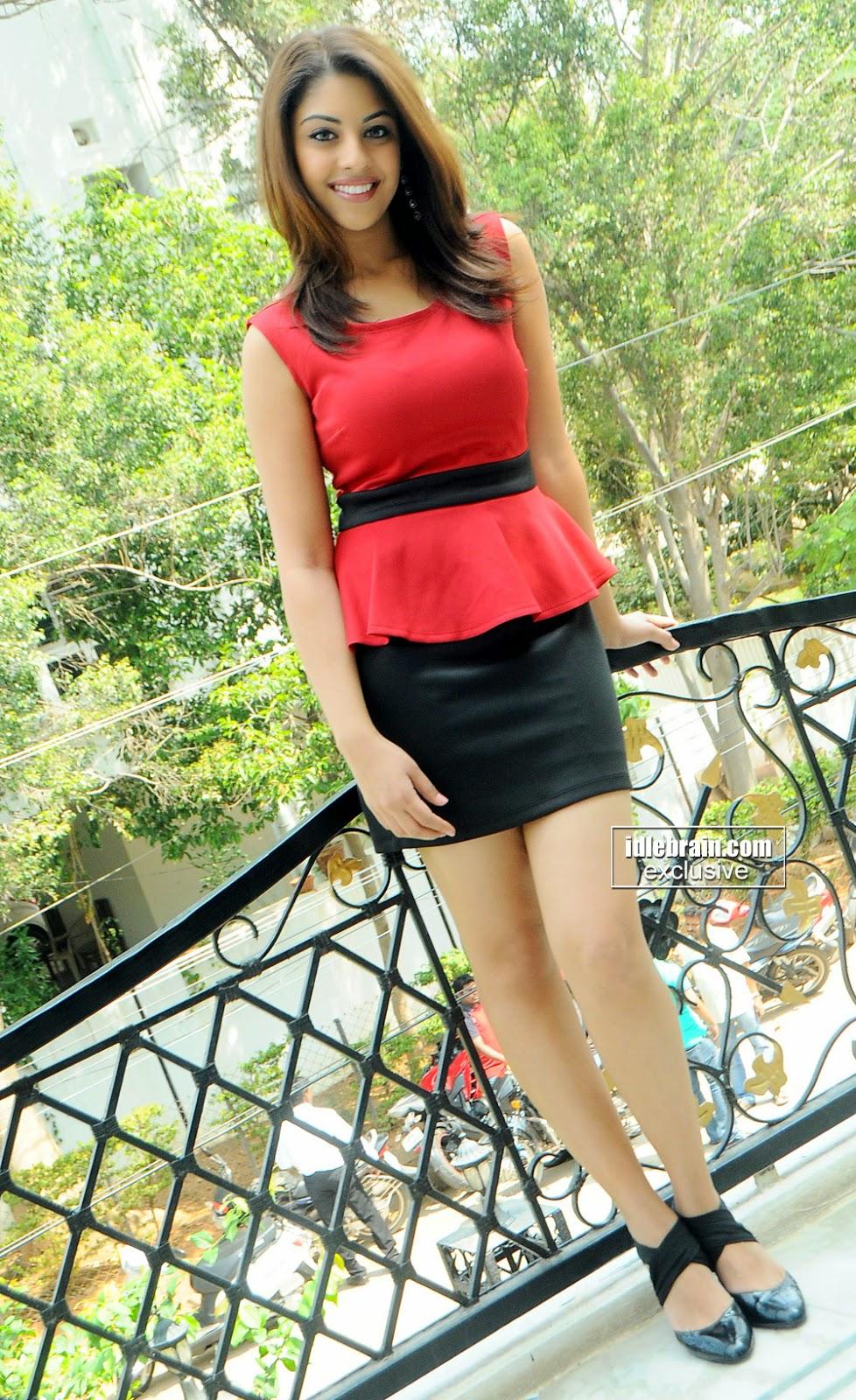 Richa Gangopadhyay outfit hot