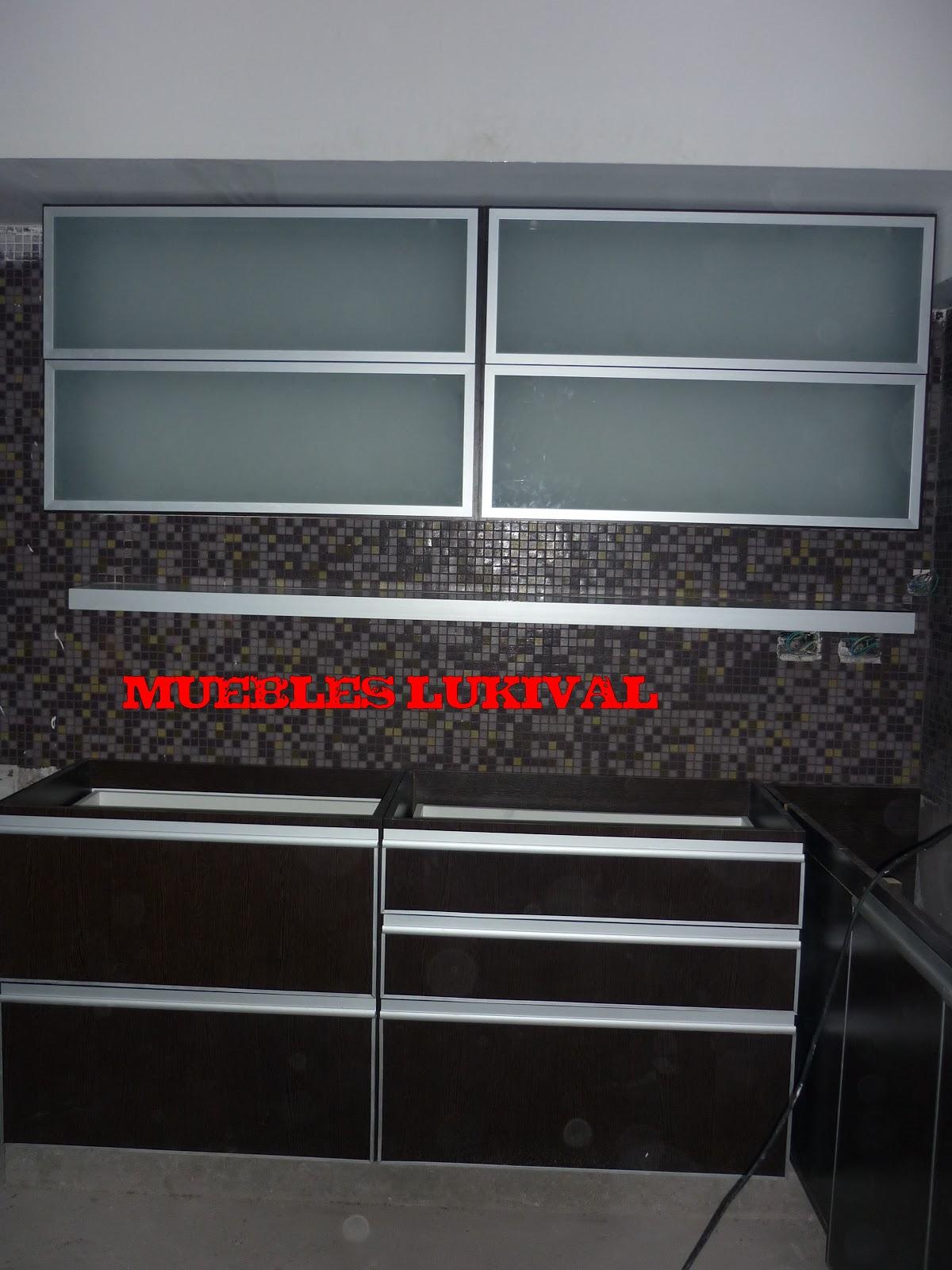 Muebles lukival mueble de cocina en wengue perfil j - Muebles en aluminio ...