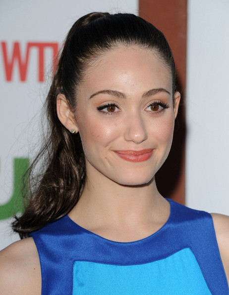 TOP 20 Celebrity Emmy Rossum Fashionable Hairstyles 17