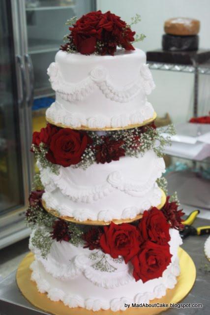 FRESH CREAM WEDDING CAKES