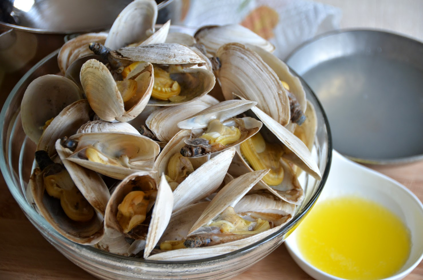 Soft Shell Clams (Steamers) With Garlic Butter Recipes — Dishmaps