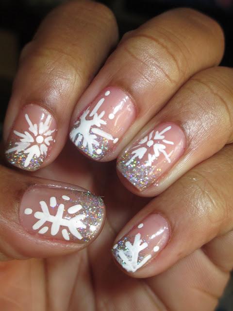 Christmas, snowflakes, nail art, nail design, mani