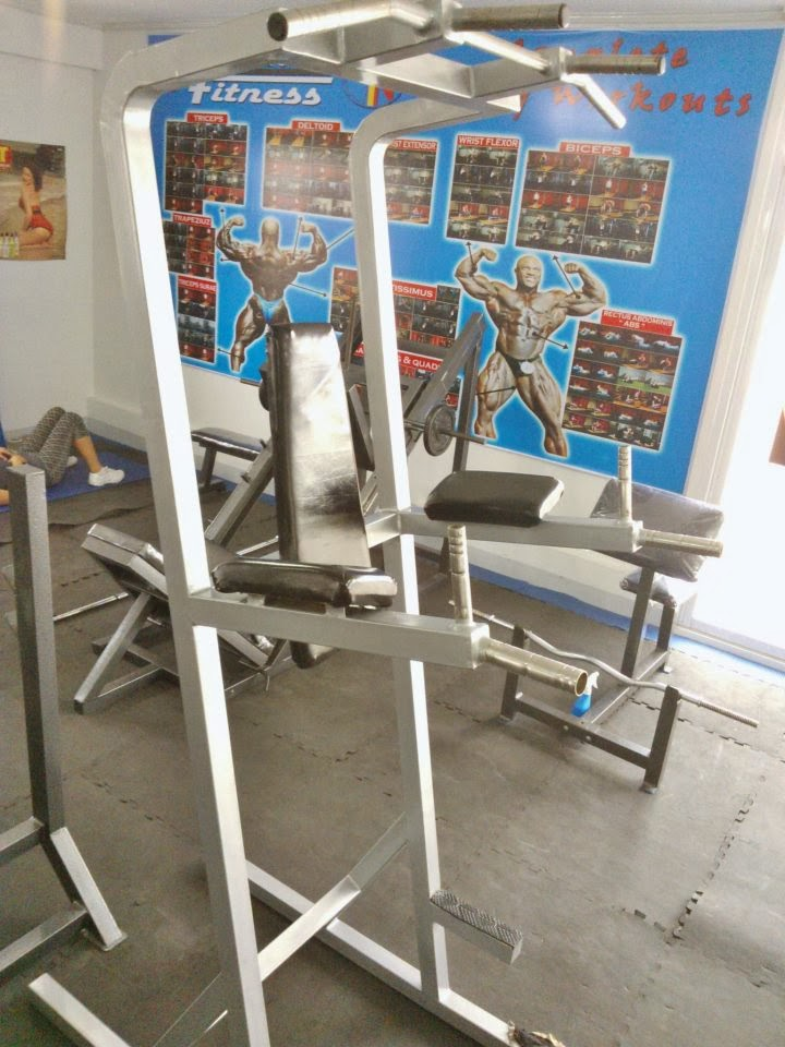 Kenntoff Fitness Gym - Equipment for abs and arms workouts