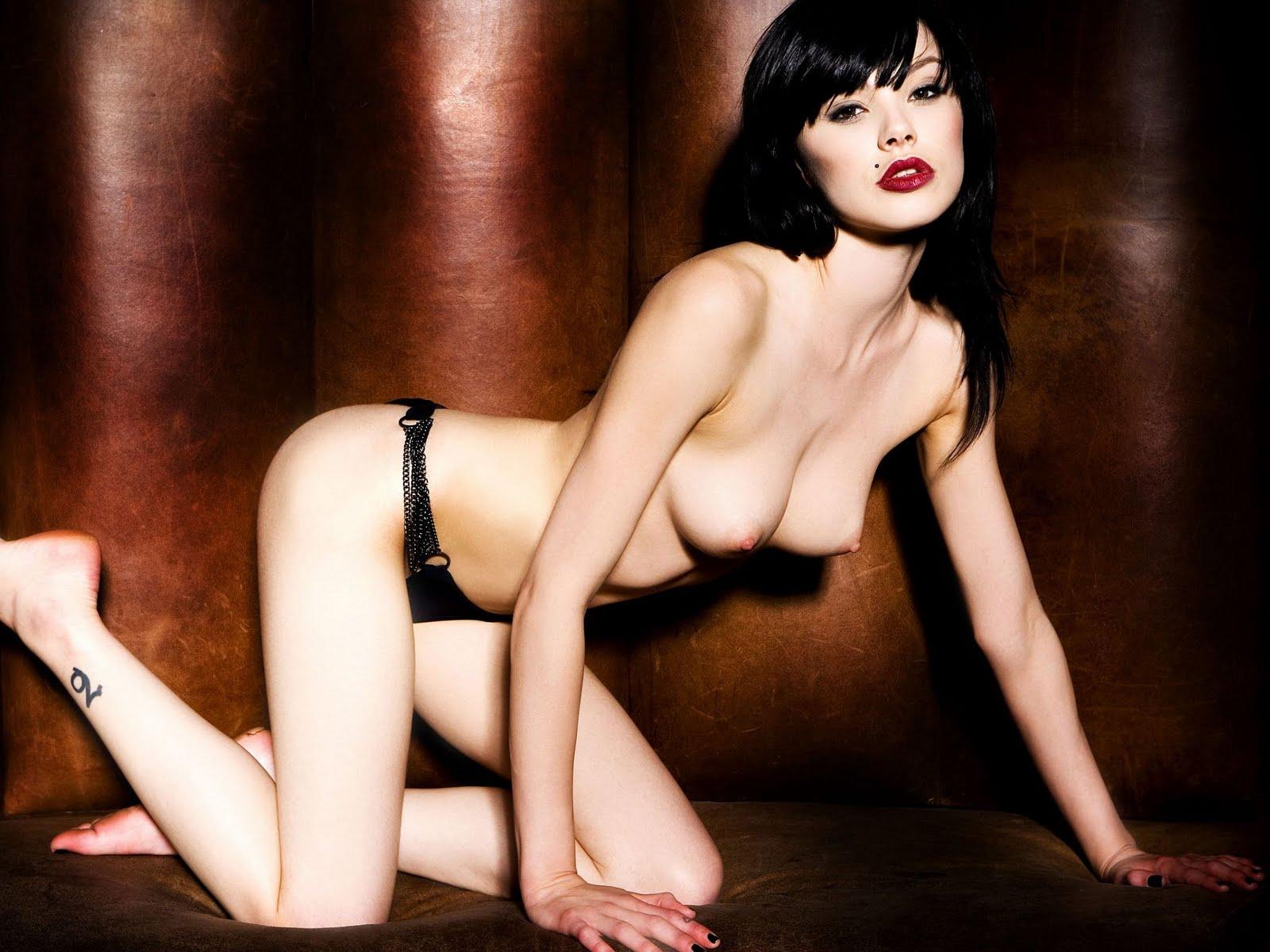 http://2.bp.blogspot.com/-K6uganO494c/TX3mj9cLAaI/AAAAAAAAHF8/ZqFkMv_3_yQ/s1600/celebskin_vikki_blows_topless_panties_cowboyboots_wallpaper_2.jpg