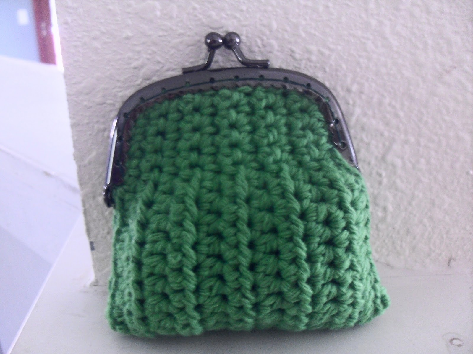 Crochet Coin Purse Pattern : Keri On: Crocheted Coin Purse Pattern