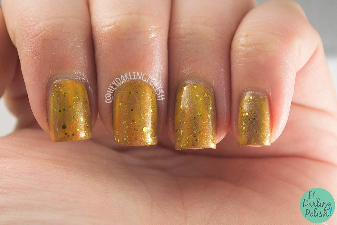 nails, nail art, nail polish, gold, the never ending pile challenge, glitter, hey darling polish
