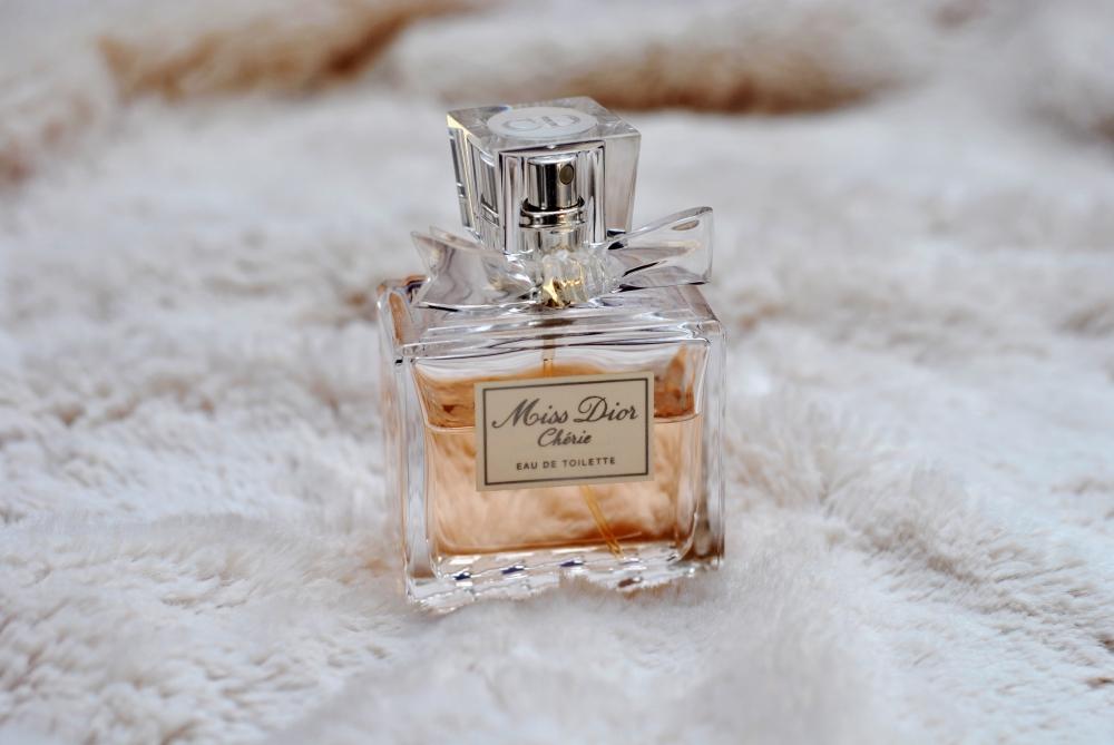 Miss Dior Chérie perfume