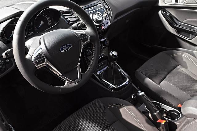 Novo Ford Fiesta 1.0 EcoBoost 2016 - interior