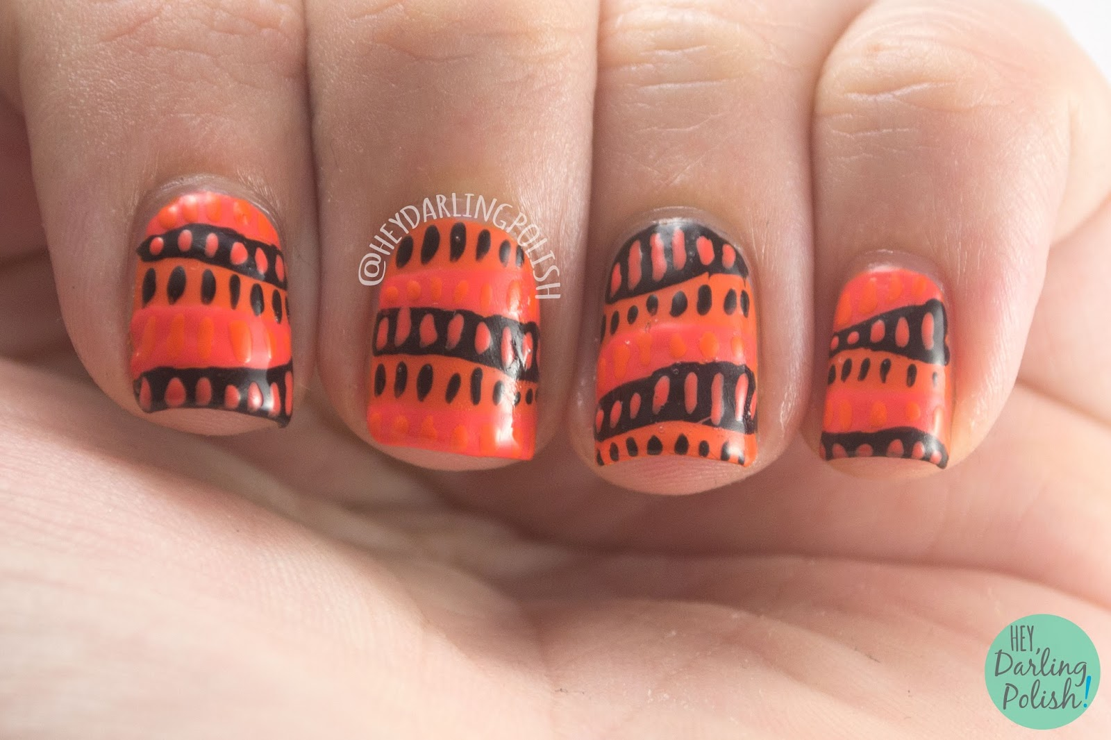 nails, nail polish, nail art, orange, orange nails, 31dc2014, 31 day challenge, hey darling polish, freehand, pattern