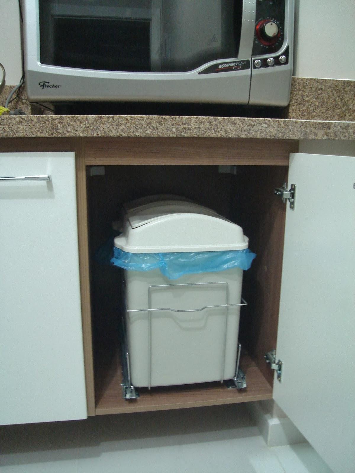 Armário Arquivo Para Pasta Suspensa ~ Casei, quero casa Lixeira dentro do armário