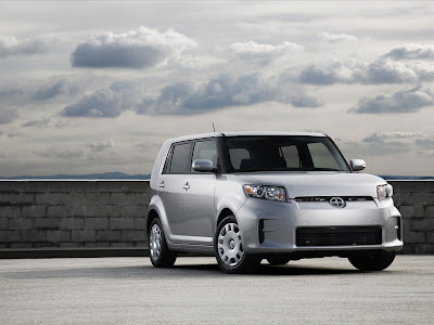 2011 Scion xB Wallpaper