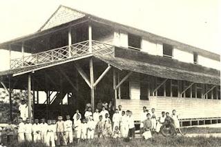 sekolah desa atau volks school