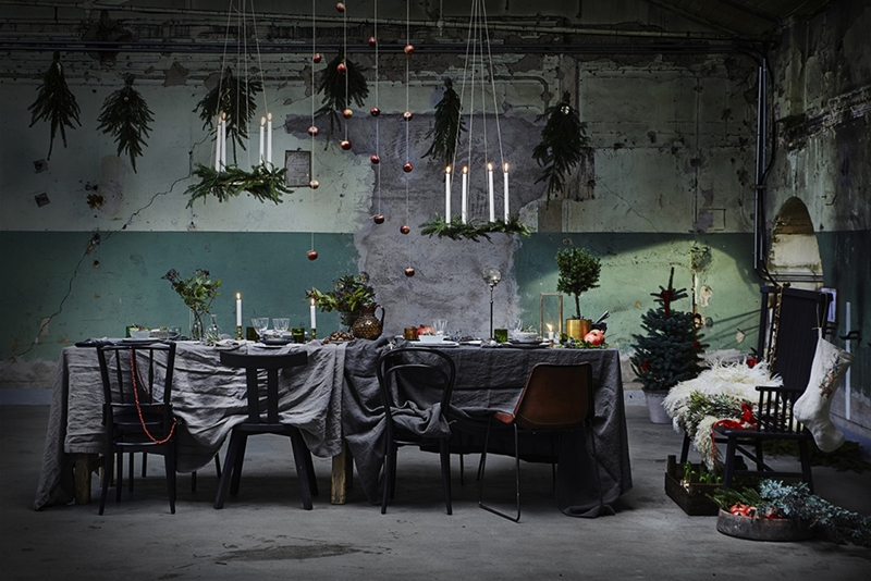 Christmas table setting by Artilleriet