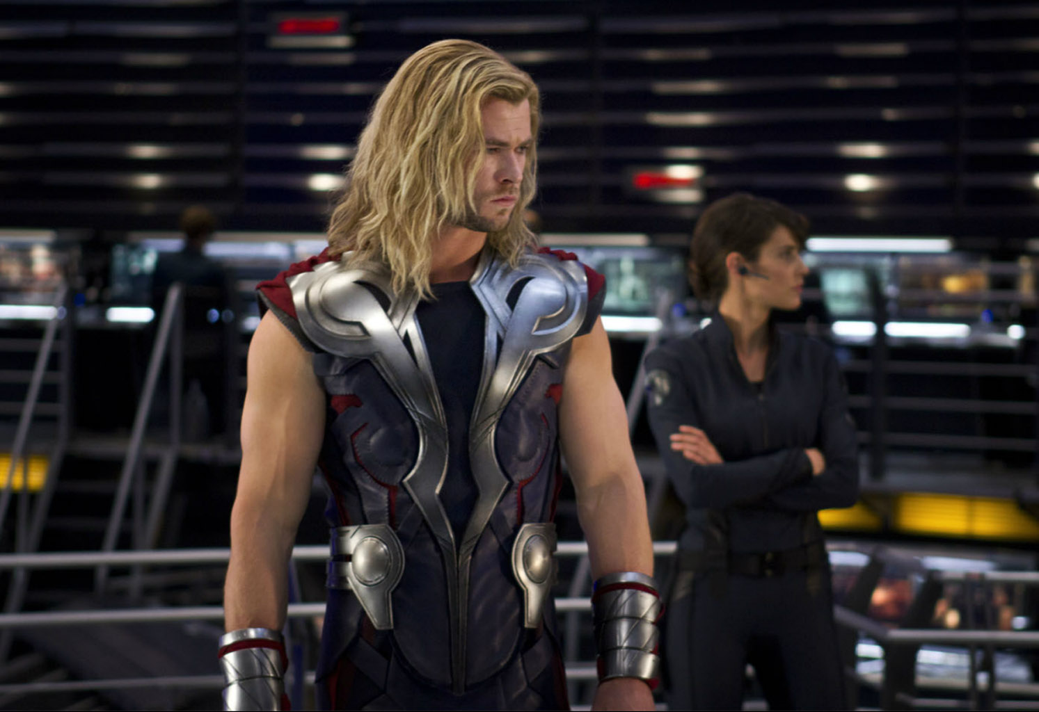 http://2.bp.blogspot.com/-K7YOgImzRyQ/T62F4u7LjaI/AAAAAAAADZY/lu4h6Sp4q-8/s1600/Marvel-The-Avengers-Movie-2012-HD-Wallpaper-Thor-The-God-of-Thunder-31.jpg