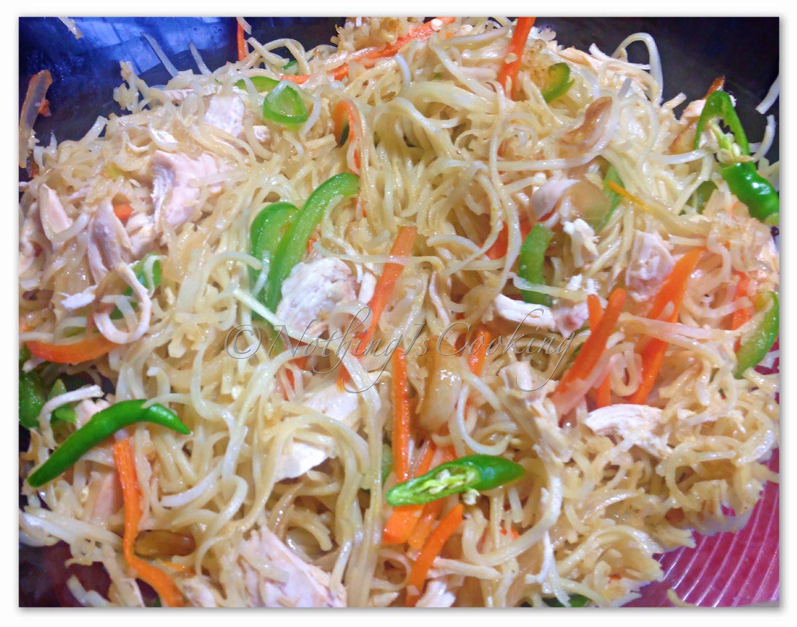 Nothingiscooking the cooking channel chicken hakka noodles the noodles are named after the hakka people of china but this is purely indian they can be made with either chicken or vegetables or a mix of both forumfinder Image collections