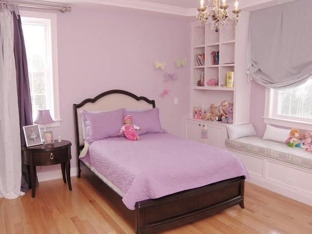 Room decorations for girls in lilac color dream house for Simple girls bedroom