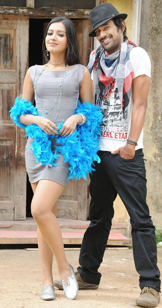 Catherine tresa Chammak Challo movie stills6
