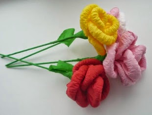 http://translate.googleusercontent.com/translate_c?depth=1&hl=es&prev=search&rurl=translate.google.es&sl=en&u=http://goodhomediy.com/diy-easy-napkin-paper-flowers/&usg=ALkJrhgW2O8Vg6tWmL2BAPGBhWnyv3p8VA