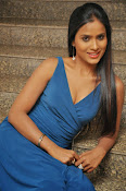 prashanthi photos at lion sm-thumbnail-9