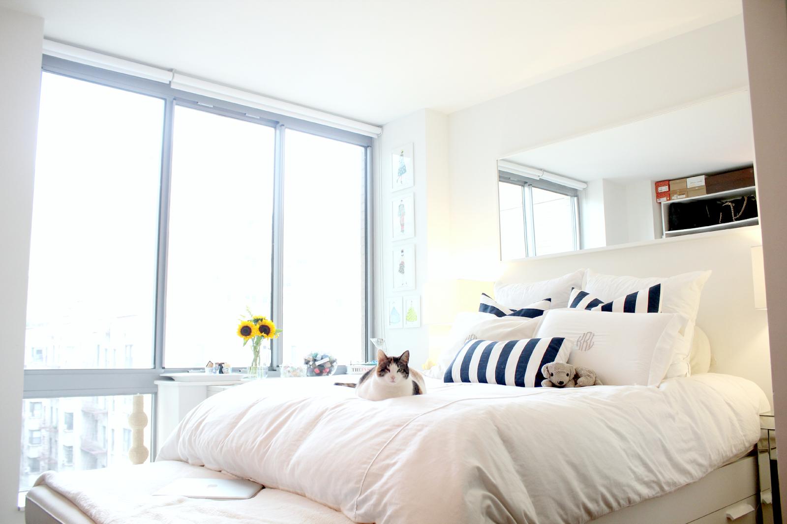 New york city studio apartment tour part 4 the bedroom for Alcove studio