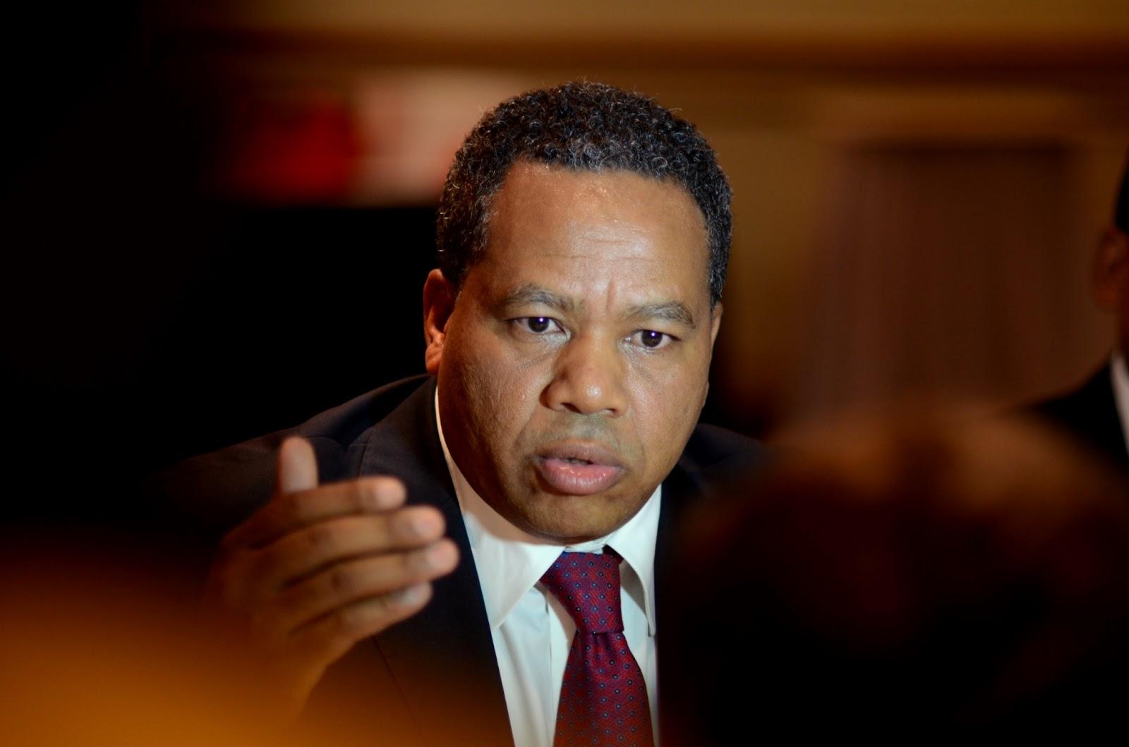 wHO's who? l'élection présidentielle à Madagascar en 18 photos  MADA+ROLAND+RATSIRAKA+1+CLR