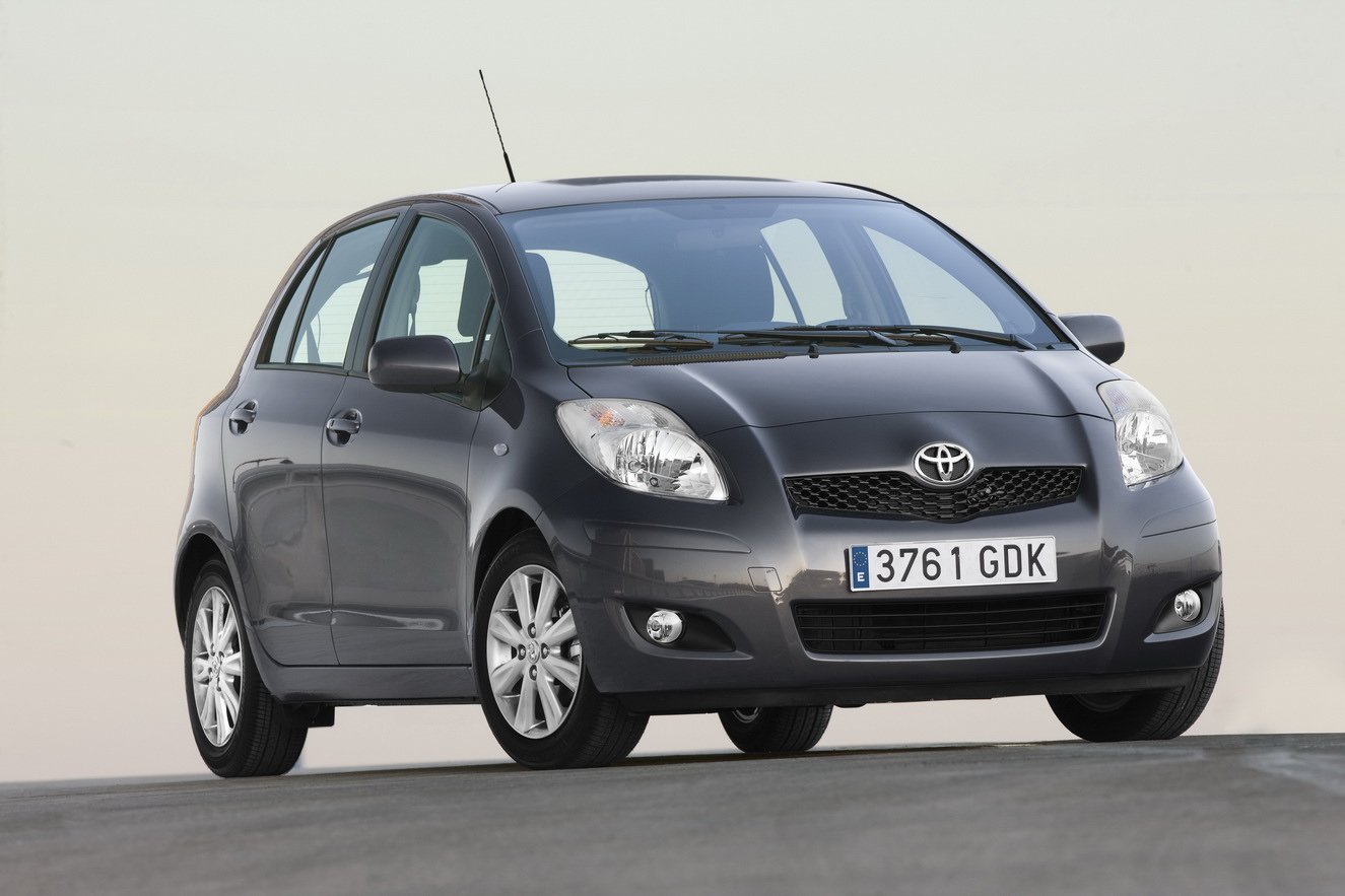 cool cars toyota yaris 2011 model. Black Bedroom Furniture Sets. Home Design Ideas