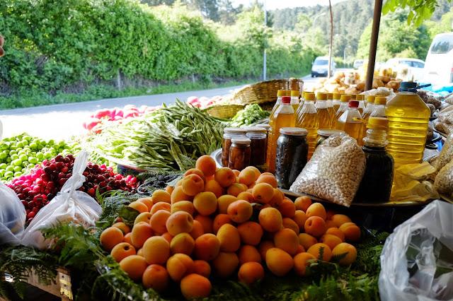 anadolu kavagi-istanbul kacamaklari-taze meyve-dogal urunler - yaz meyveleri