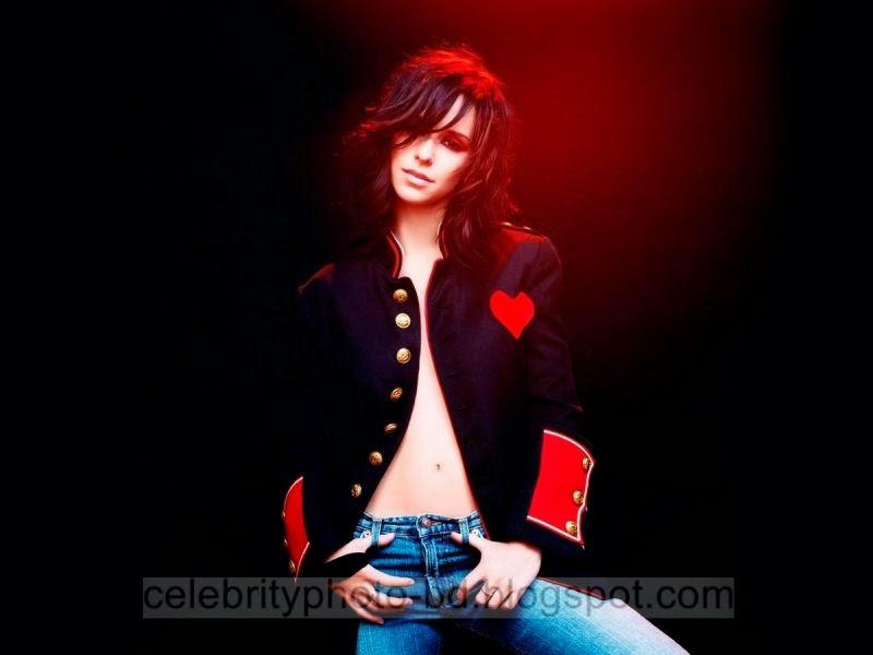 Jennifer+Love+Hewitt+Latest+Hot+Photos+With+Short+Biography012