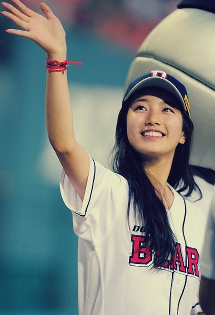 BAE SUZY from WE HEART IT 2012 Photo Collection