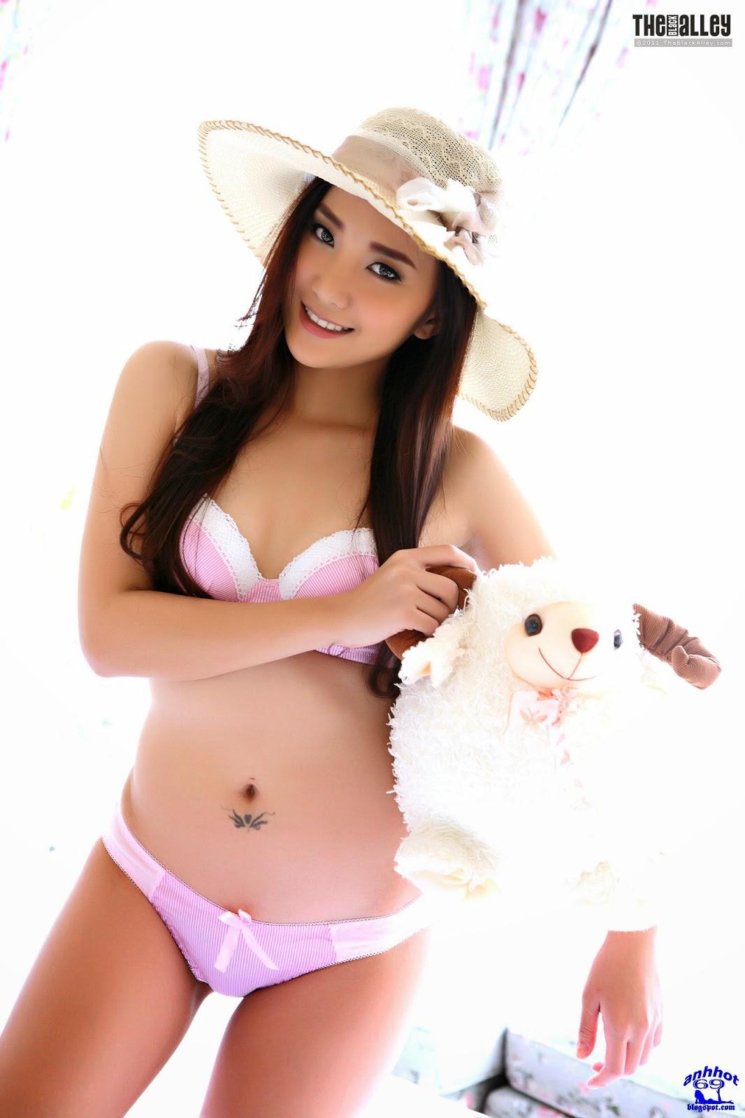 lolita-cheng-64-013