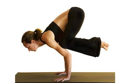 """Pose Yoga Yang Membantu Menyingkirkan """"Bad Mood"""" 3"""
