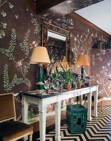 An Exuberant Variation On A Classic De Gournay Wallpaper Was Made For The Foyer Presto A Glorious Garden Of Flowers And Birds