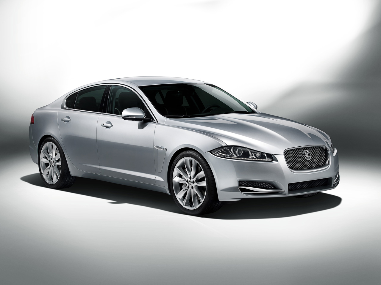 Jaguar Xf Amazing Car
