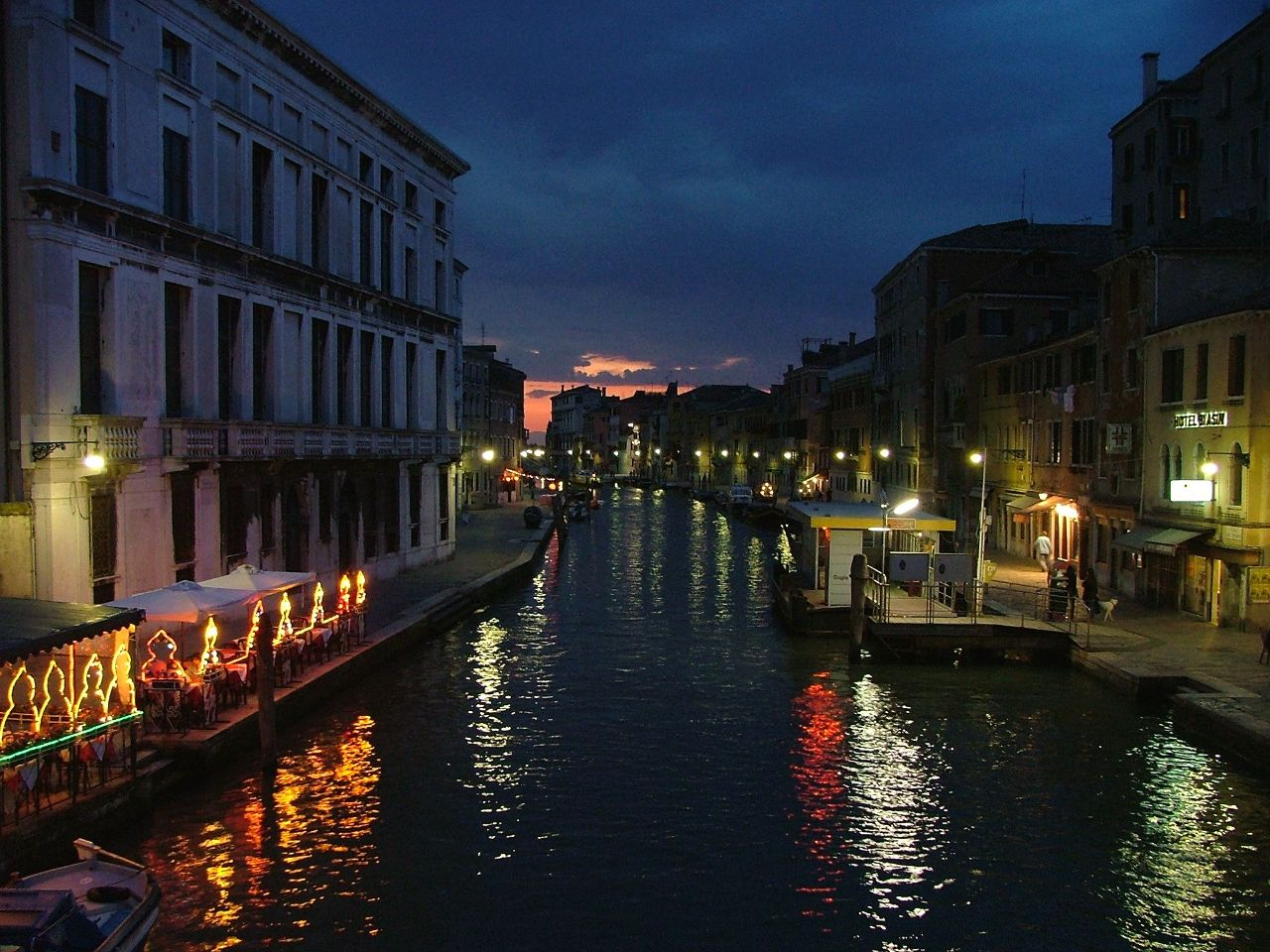 All about the famous places venice italy wallpapers 2012 for Italy wallpaper