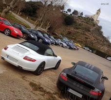 60 propietaris de cotxes Porsche es troben a Cal Quico per esmorzar
