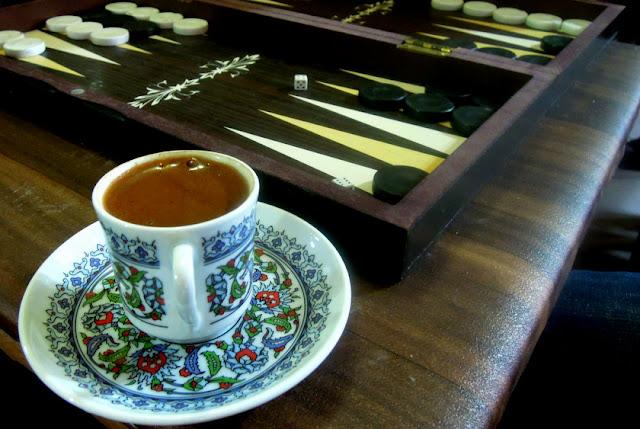 istanbul cafe backgammon