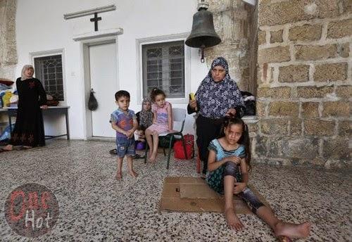 Warga Muslim Gaza mengungsi di Gereja Ortodoks Yunani 3