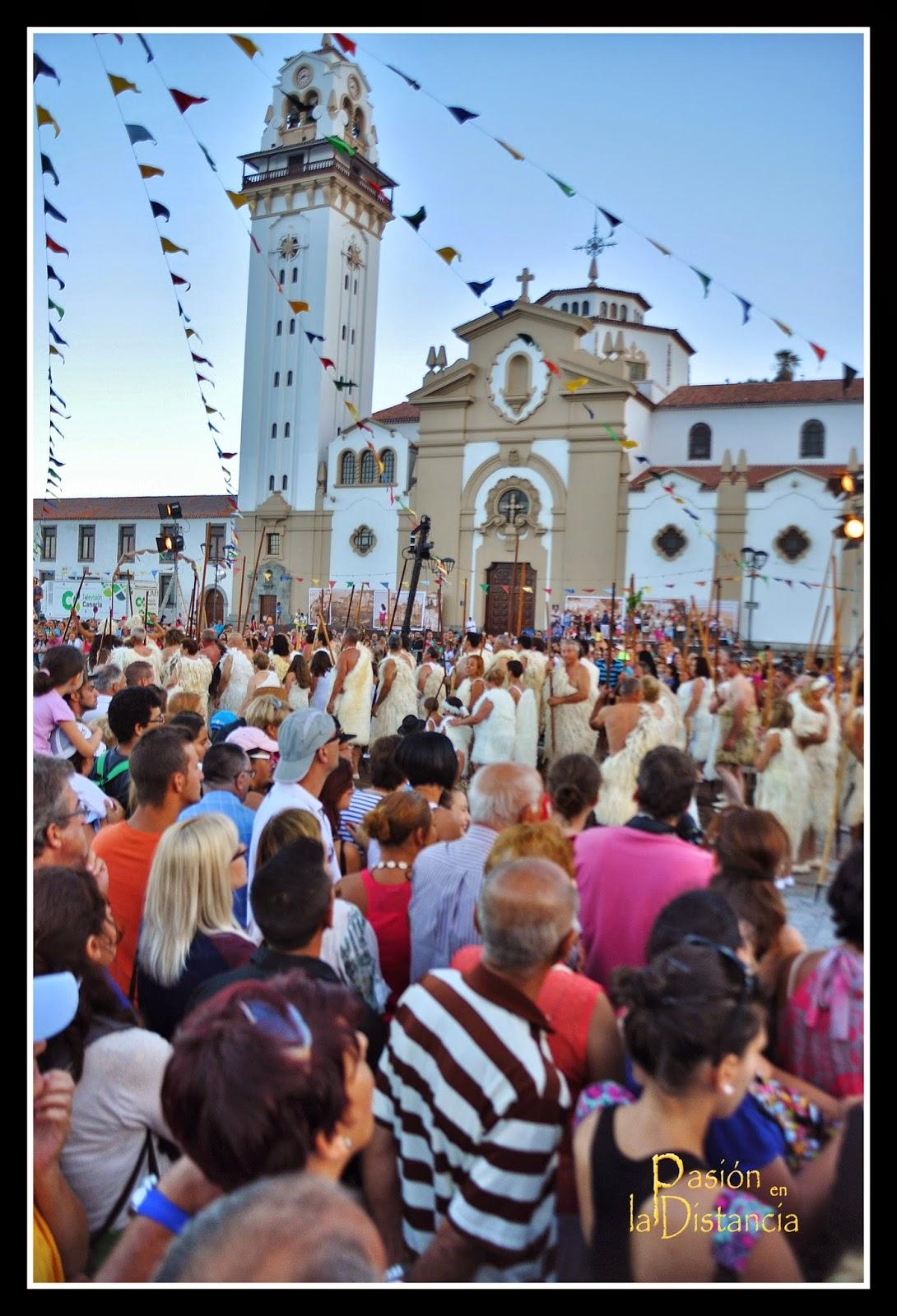 Ceremonia_aparición-Virgen_de_Candelaria_a_los_guanches