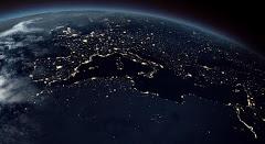 أوروبا وشمال أفريقيا ليلاً ... ويظهر نهر النيل