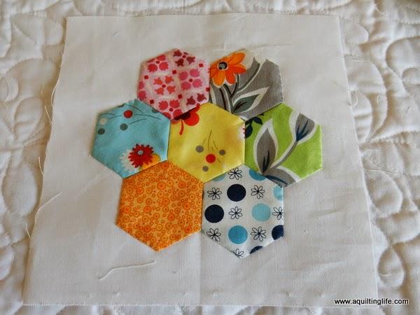 Grandmother 39 s flower garden paper pieced a quilting - Grandmother s flower garden quilt ...