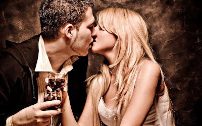 imagenes de besos romanticas