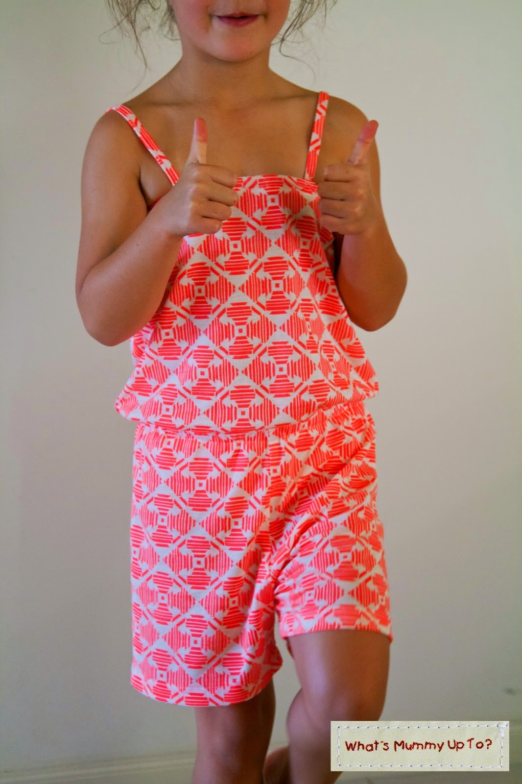 http://www.whatsmummyupto.com/2015/02/tutorial-summer-jumpsuit.html
