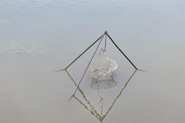Садок для рыбы на озере Яу-Балык
