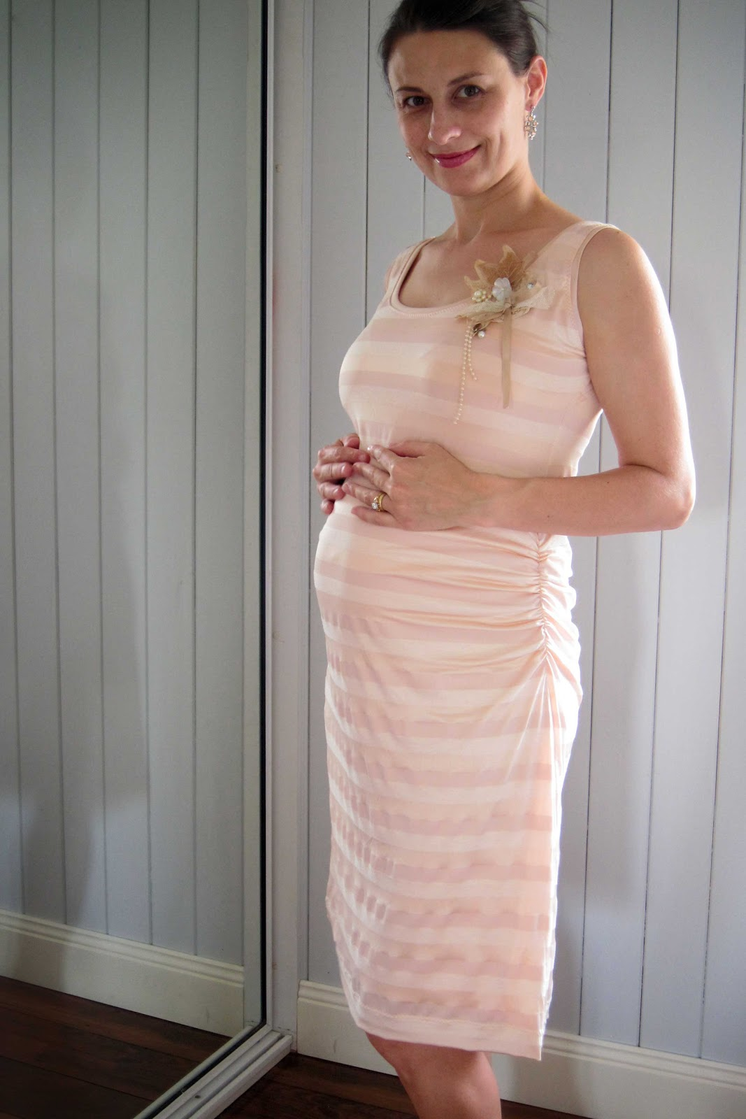 Maternity Dresses - Viewing Gallery