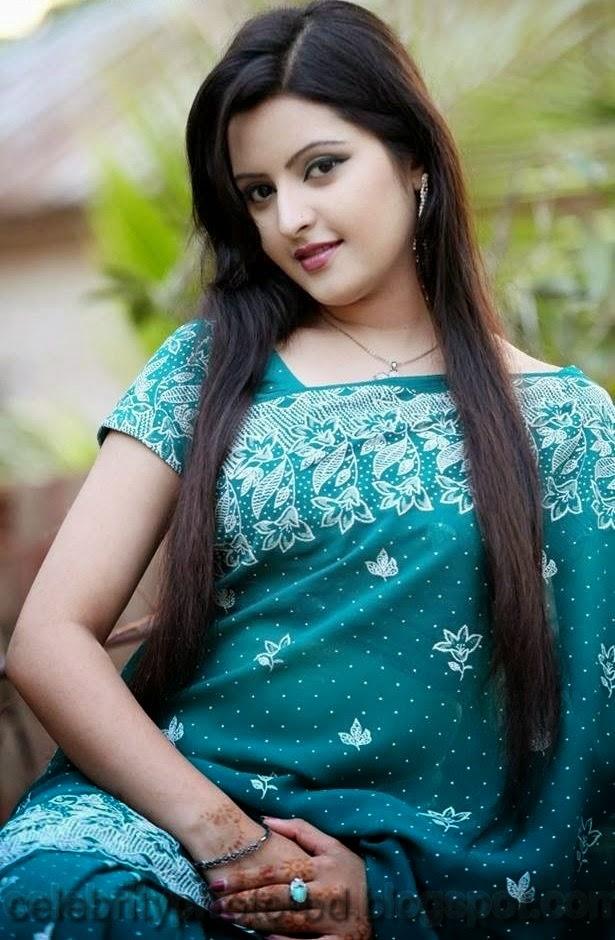 Bangladeshi+Super+Hot+And+Cute+Model+Pori+Moni's+HD+Photos004