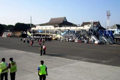 Bandara Husein Sastranegara. ZonaAero